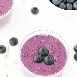 Oatmeal blueberry smoothie - A healthy breakfast or snack with Greek yogurt, banana, oats, and blueberries.