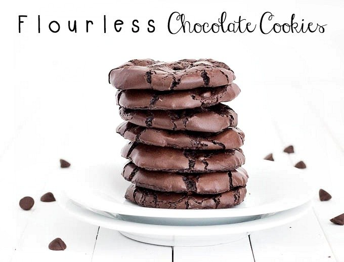 Flourless Chocolate Cookies - An easy recipe for flourless, no butter, no oil, gluten-free cookies. They taste like a rich and fudgy brownie!
