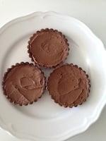 Mini-Chocolate-Raspberry-Tarts