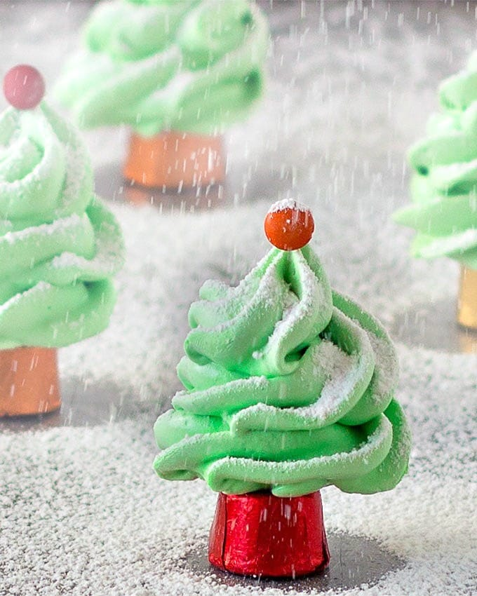 For the perfect festive treat that's easy to make, try these super cute Christmas tree meringues. Gluten-free and dairy free.