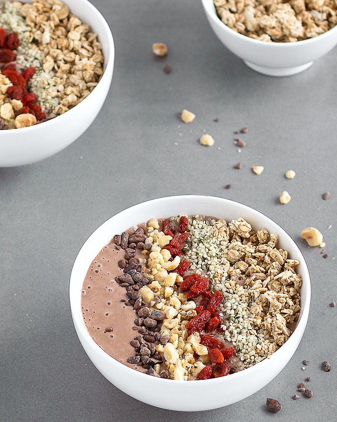This vegan Chocolate Peanut Butter Smoothie Bowl is healthy enough for breakfast but tastes like dessert! Super easy, quick, rich, creamy and delicious. Vegan and Gluten Free