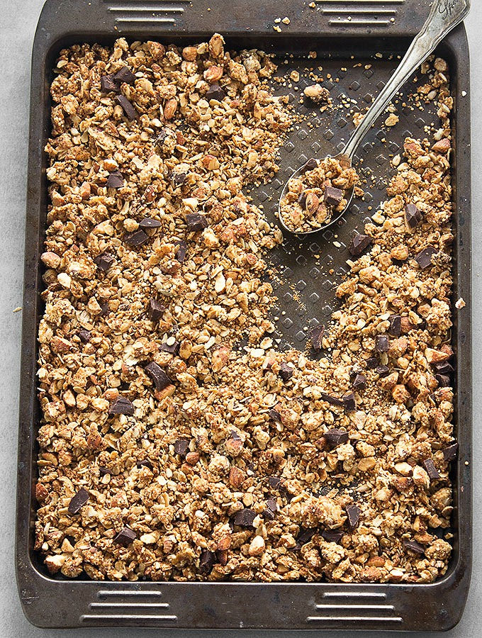 This crunchy peanut butter quinoa granola makes a simple, and ...