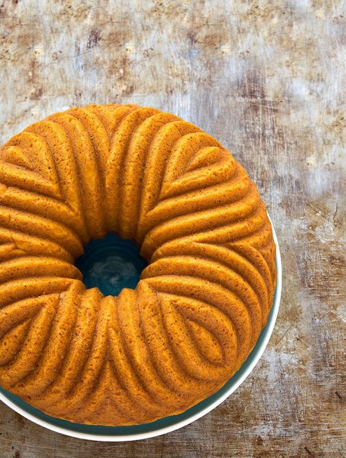 Easy Pumpkin Bundt Cake- Perfectly moist, soft, tender, and bursting with fall flavors!