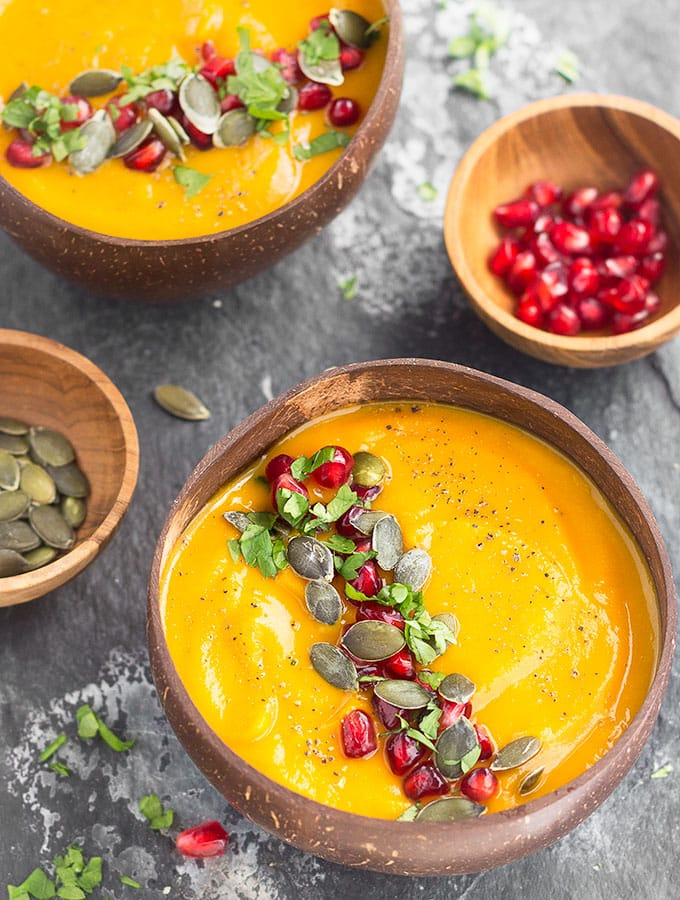 A super creamy, healthy, and delicious Roasted Pumpkin Apple Soup. This quick and easy recipe is naturally gluten-free, dairy-free, and vegan.