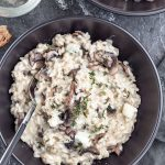 This creamy mushroom and blue cheese risotto is Italian comfort food at its best! The recipe is very easy and comes together in 35 minutes.| aseasyasapplepie.com